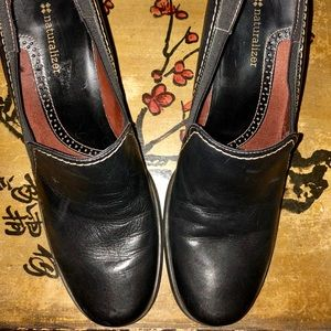 Women's Naturalizers black leather size 10